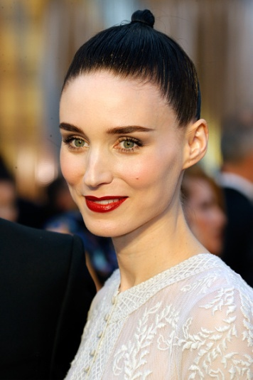 HOLLYWOOD, CA - FEBRUARY 28: Actress Rooney Mara attends the 88th Annual Academy Awards at Hollywood & Highland Center on February 28, 2016 in Hollywood, California. (Photo by Jeff Vespa/WireImage)
