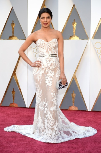 Actress Priyanka Chopra attends the 88th Annual Academy Awards at Hollywood & Highland Center on February 28, 2016 in Hollywood, California. (Photo by Kevin Mazur/WireImage)